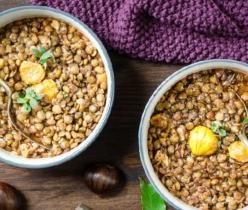 zuppa-saporita-di-lenticchie-e-castagne-farmacia-san-carlo